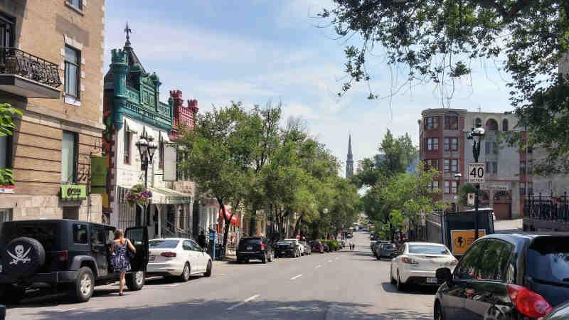 rue st denis centre ville