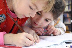 Enfants qui travaillent
